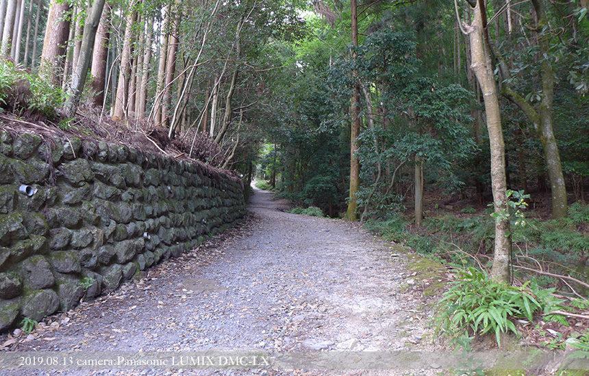 大文字山、登り口までの道